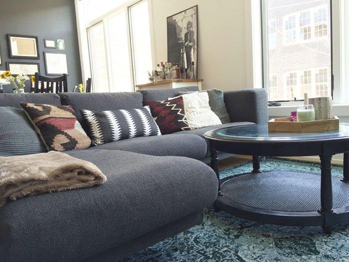 Emily_PT1_ApartmentInteriorDesign_3sofa