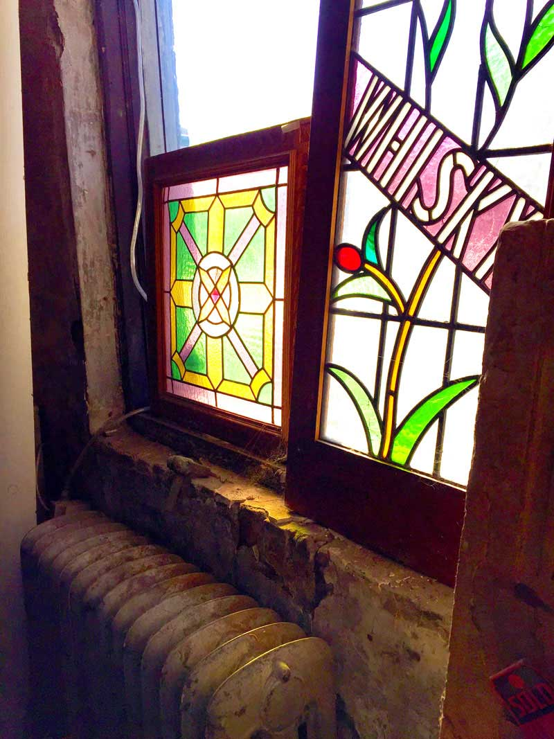Designer S Own Home Stained Glass Window Down2earth Interior Design