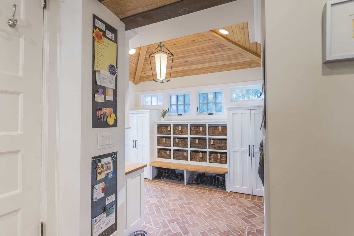 Mudroom | down2earth Interior Design